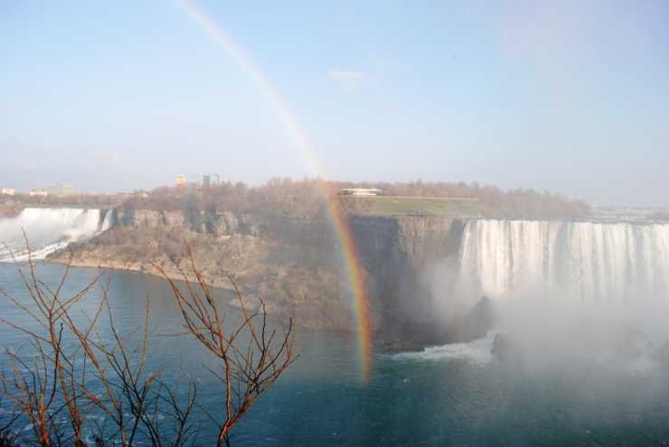 Rainbow at the Niagara